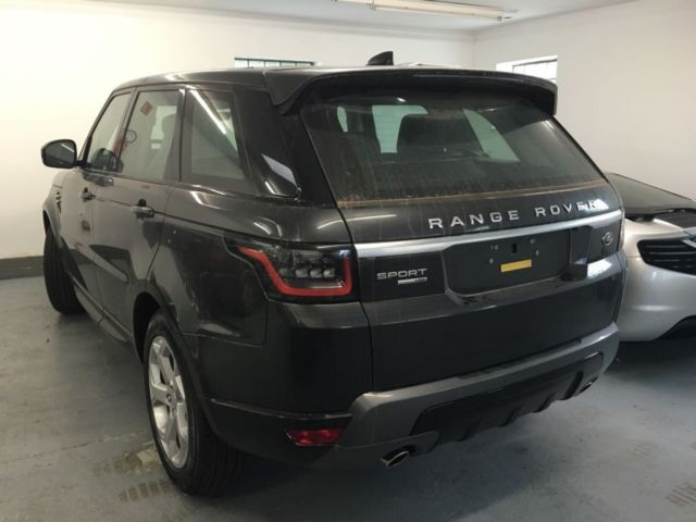 land rover range rover sport 2 0 si4 hse panorama. Black Bedroom Furniture Sets. Home Design Ideas